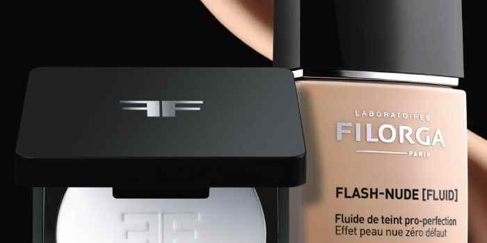 Flash nude